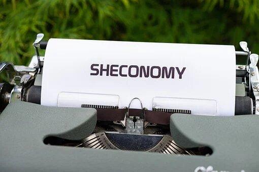 Estratexias feministas para repensar a economía